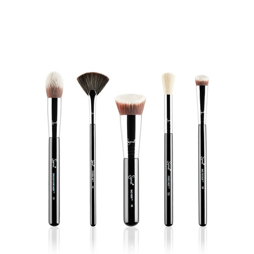 Closeup   baking  26 strobing brush set