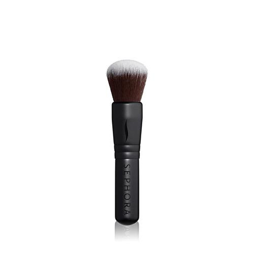 Closeup   mini black brush 15 multitask complexion