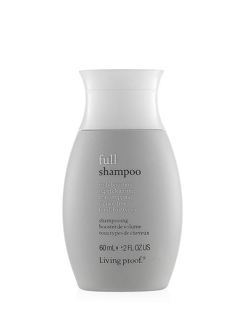 Closeup   full shampoo 2oz